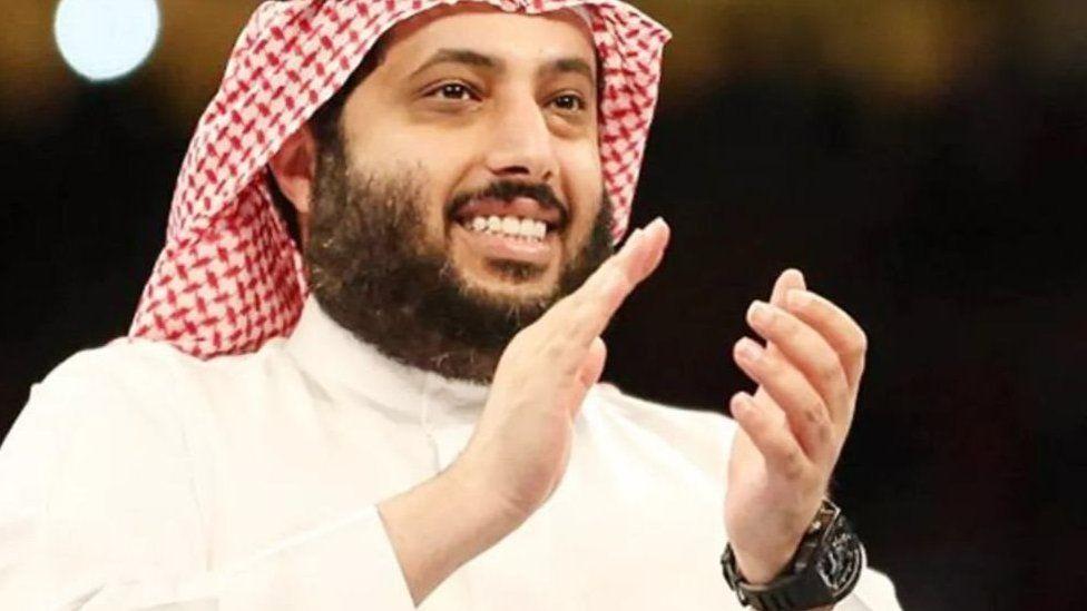 """تركي آل الشيخ يثير جدلا في مصر بعد فوز """"بيراميدز"""" على """"الأهلي"""""""