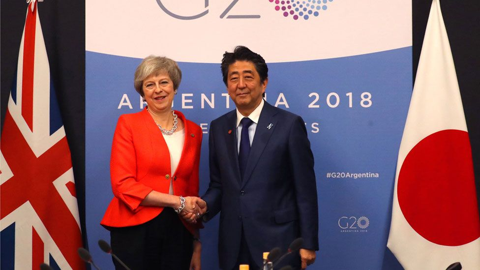 Theresa May and Shinzo Abe
