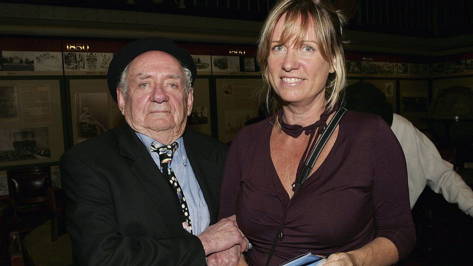 Charles Blackman with daughter Christabel in 2005