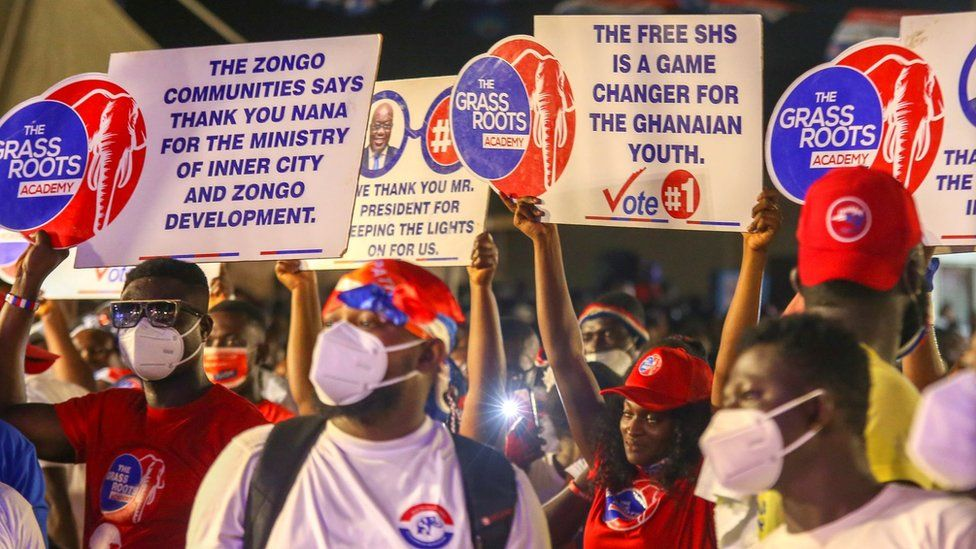 Supporters of incumbent president and presidential candidate the leader of the New Patriotic Party (NPP) Nana Akufo-Addo attend an election rally in Kumasi, Ghana, 02 December 2020.