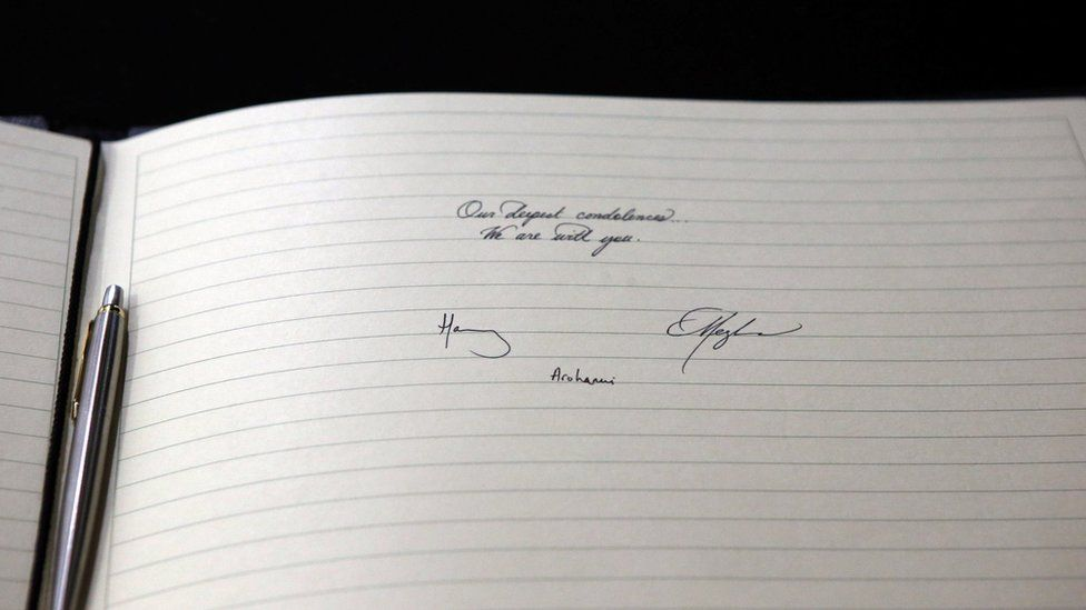 The couple's message in the book of condolence