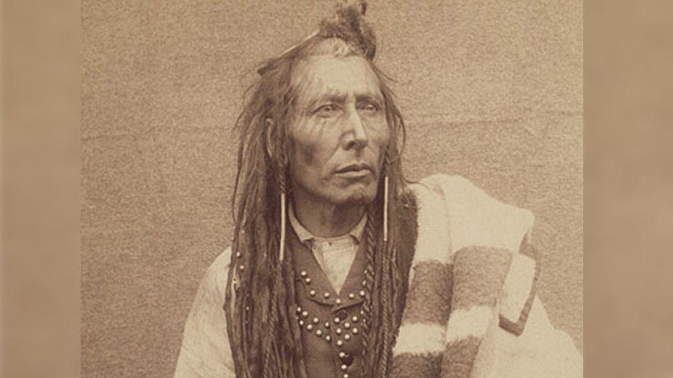 Trudeau exonerates Cree chief of 1885 treason charge