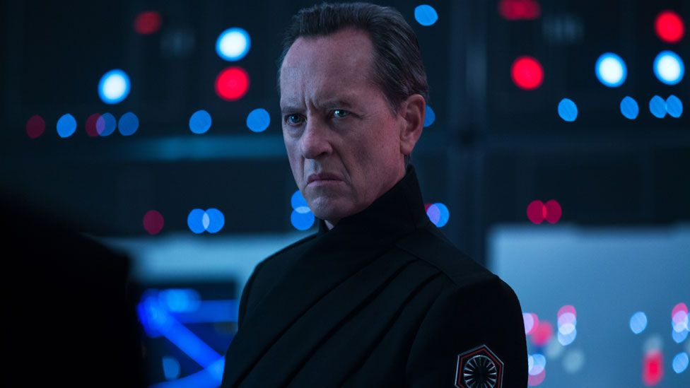 Richard E Grant in Star Wars: The Rise of Skywalker