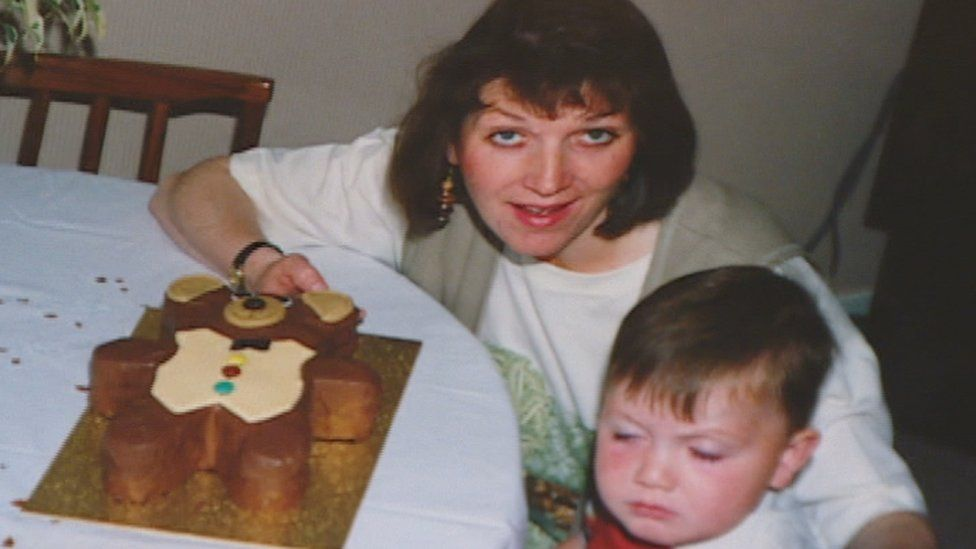Thomas' wife Dee when their son, who is now 24, was just a year old