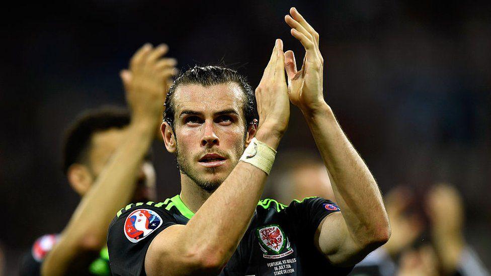 Bale clapio