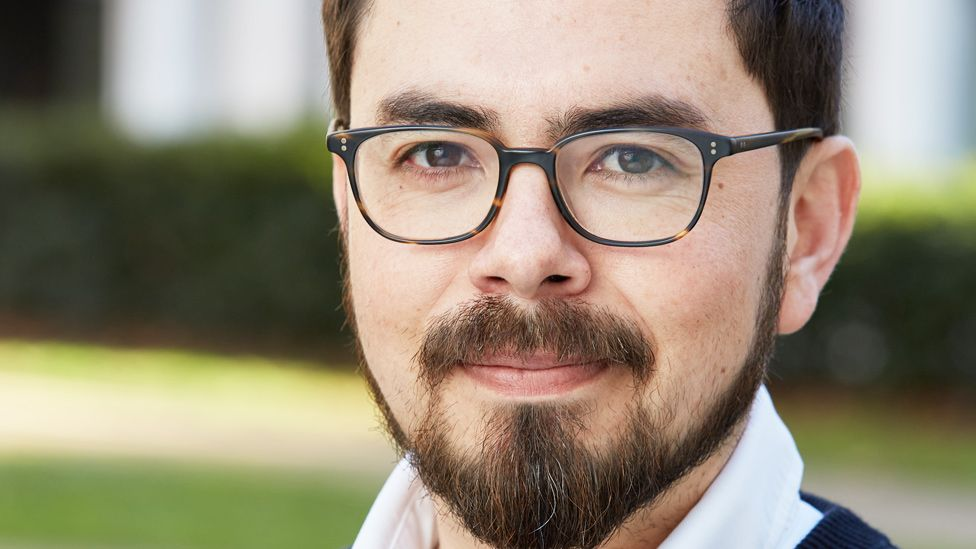 Inty Gronneberg, el ingeniero ecuatoriano premiado en el MIT por su tecnología para proteger del plástico a las islas Galápagos