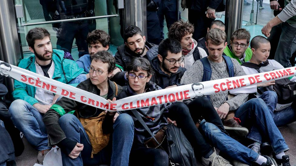 Activists outside the Societe Generale