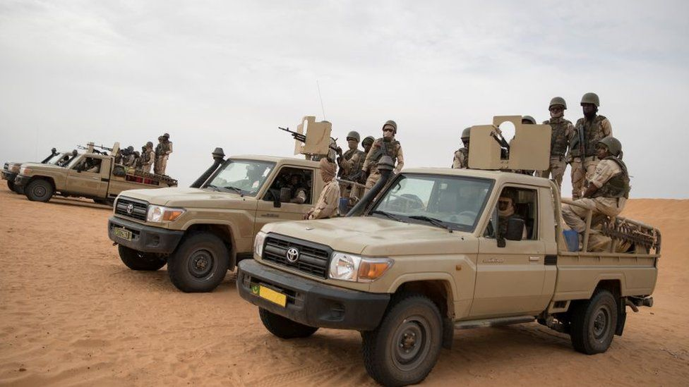"Vingt-cinq ""terroristes neutralisés ou capturés"" au Burkina Faso"
