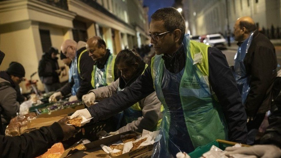 Food being distributed in Charing Cross to homeless people