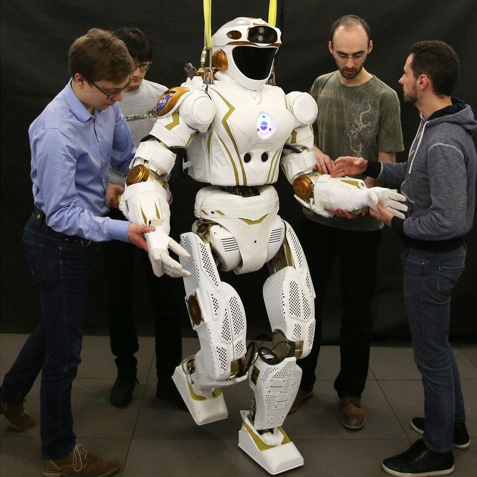 nasa humanoid robot - 976×976