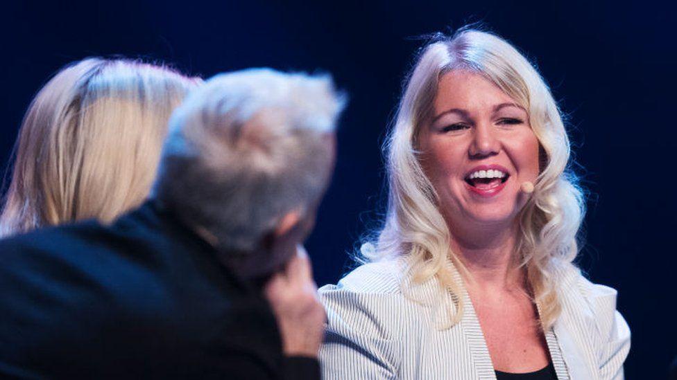 Dr Elina Berglund