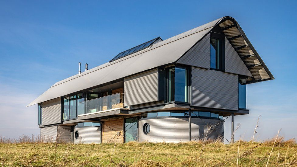3 Richard Murphy_Architects_Briongos MacKinnon House (c) Martin Lambie.jpg