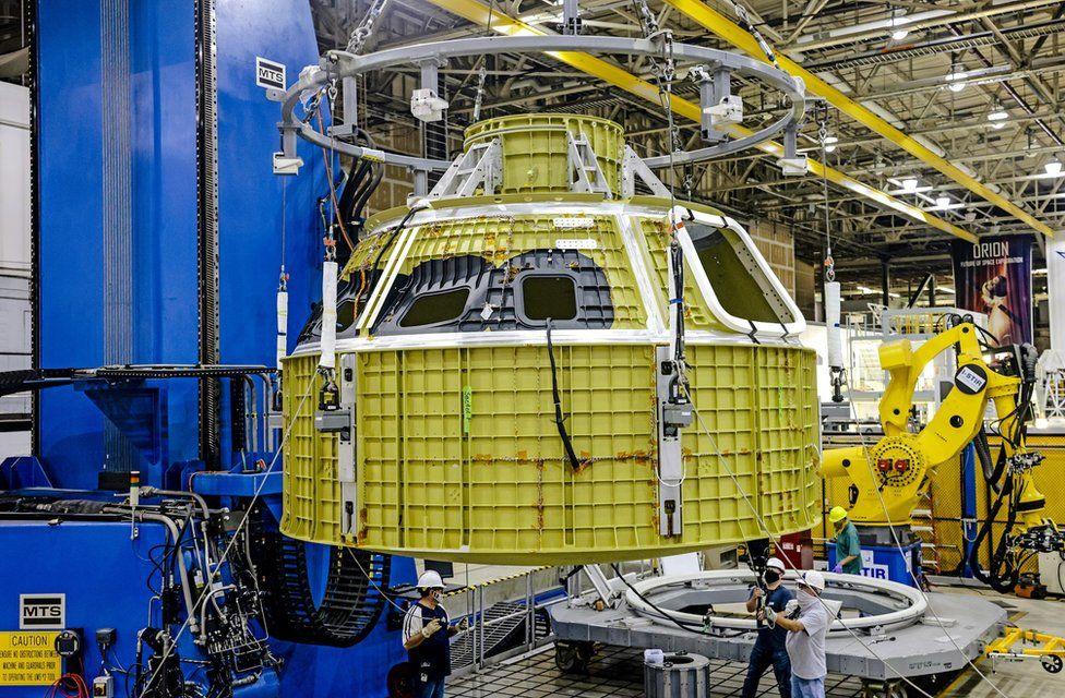 Orion pressure vessel for Artemis-3 mission