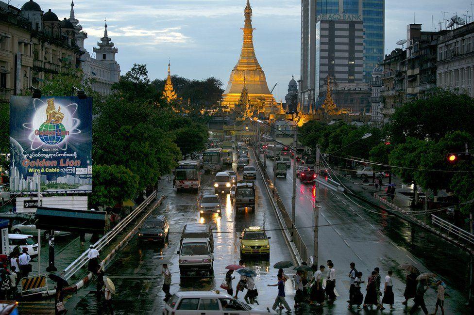 Busy Yangon street
