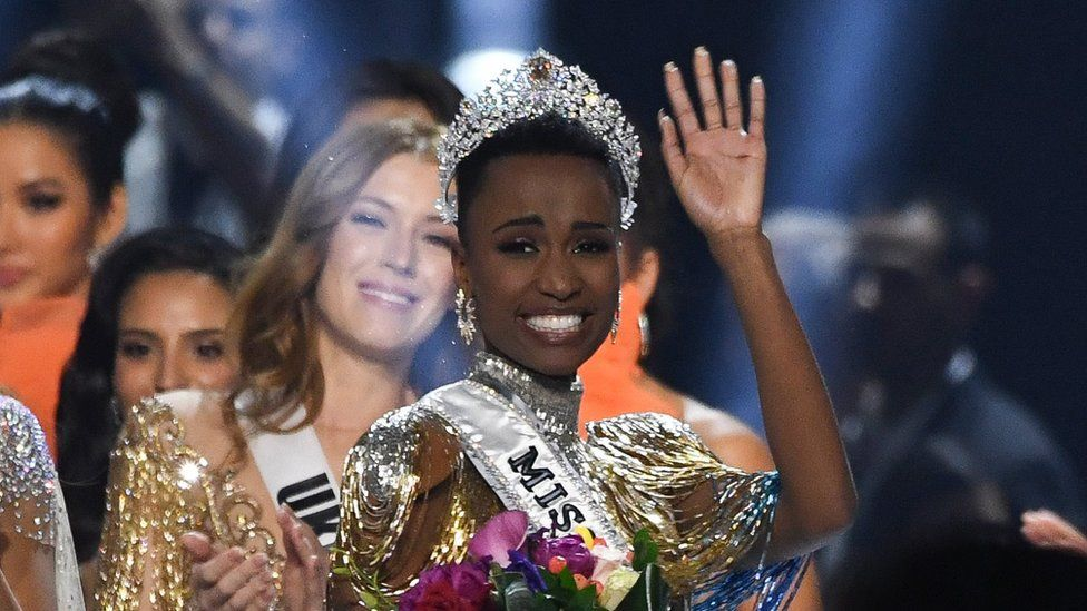 Zozibini Tunzi : Miss Univers 2019 est sud-africaine