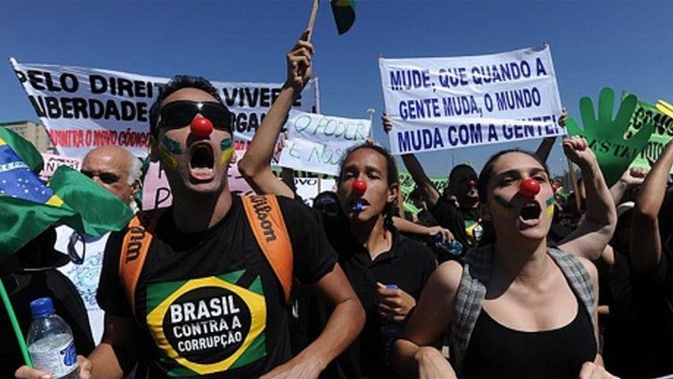 Pesquisa revela que mais brasileiros enxergam corrupção onde antes viam 'jeitinho'