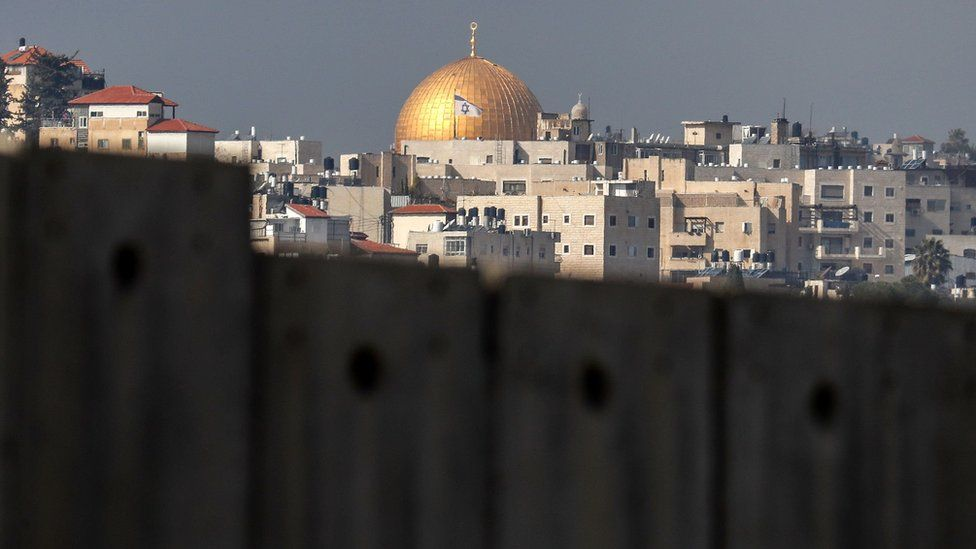 The Dome of the Rock seen from the Palestinian village of Abu Dis in the occupied West Bank (29 January 2020)