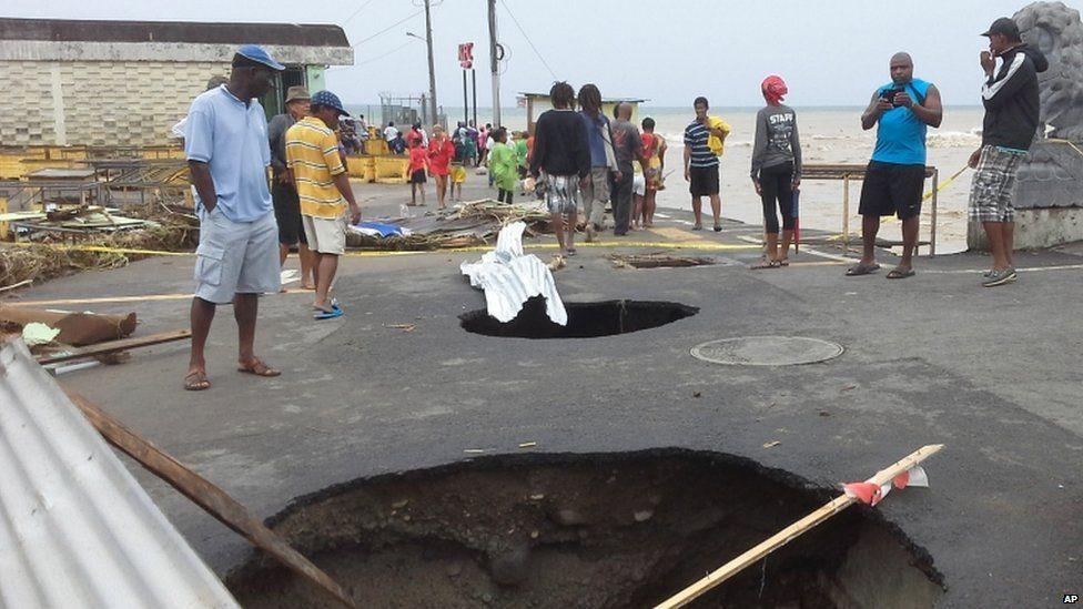 Holes at Roseau's market