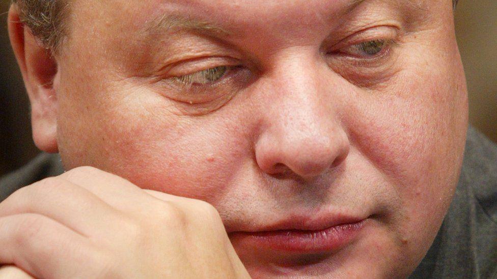25 лет отставке Егора Гайдара: недолго музыка играла