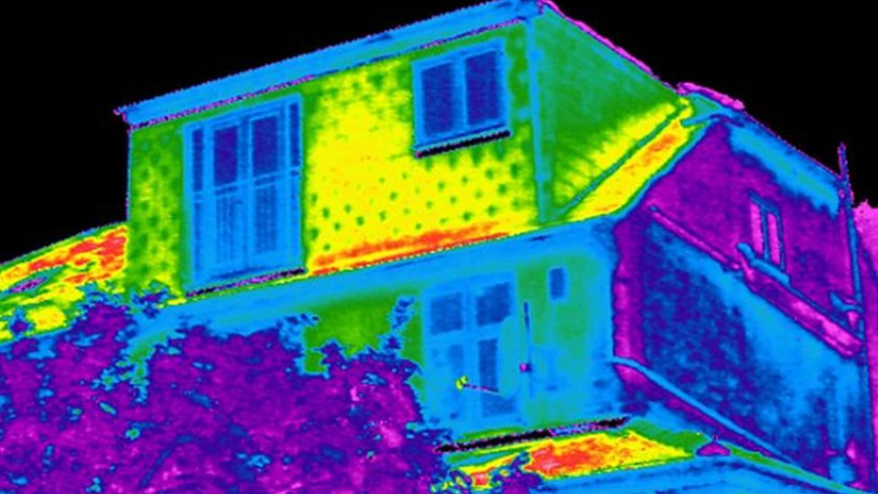 Two-thirds of UK homes 'fail on energy efficiency targets'