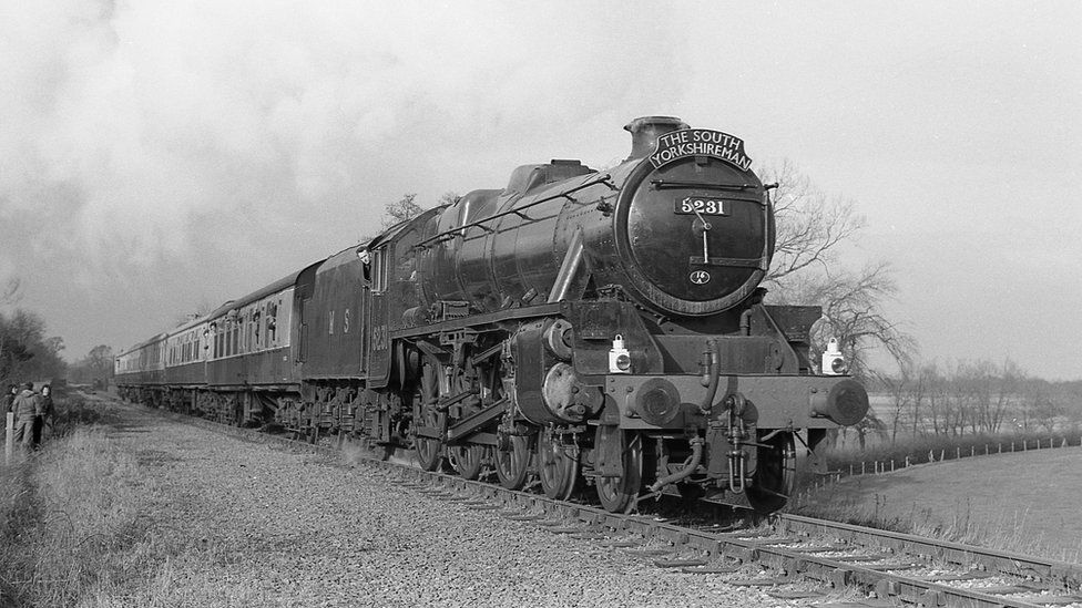 A locomotive travelling on the Leicester to Loughborough heritage line in 1976