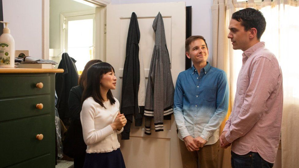 Marie Kondo giving advice on her television show