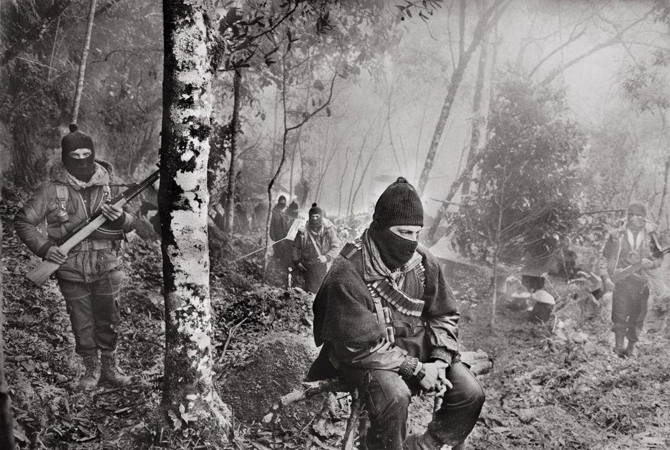 """""""Subcomandante Marcos"""", montañas del sureste mexicano, Chiapas, 1994."""