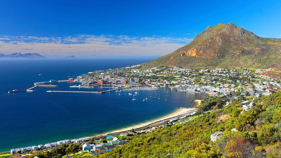 Simon's Town, home to the South African Navy, with the well-known Boulders Beach and its colony of African penguins here since 1985, South Africa