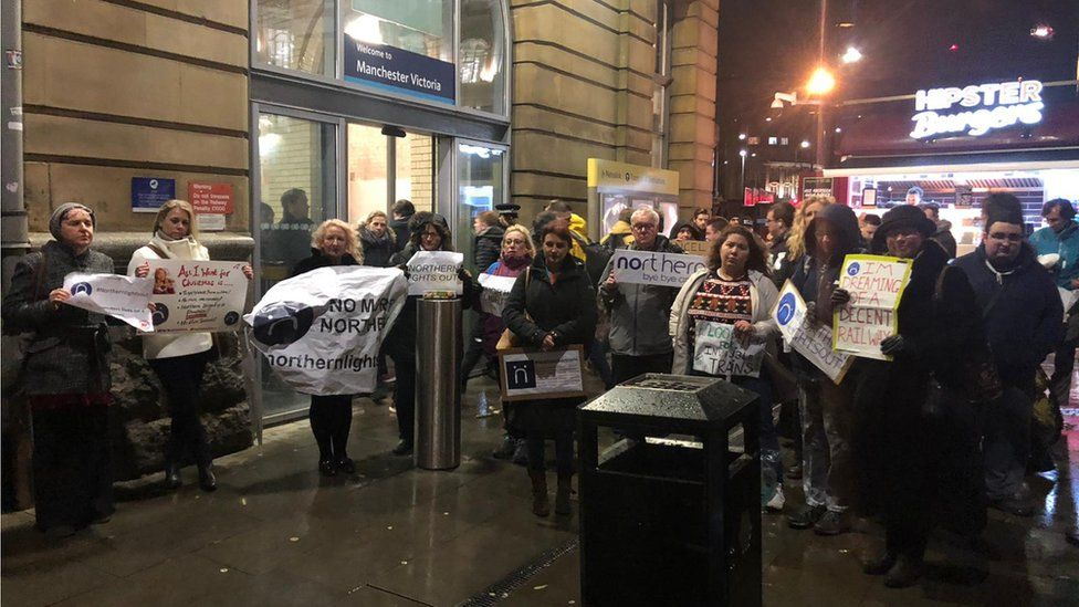 Northern: Commuter protest against 'unreliable' rail firm