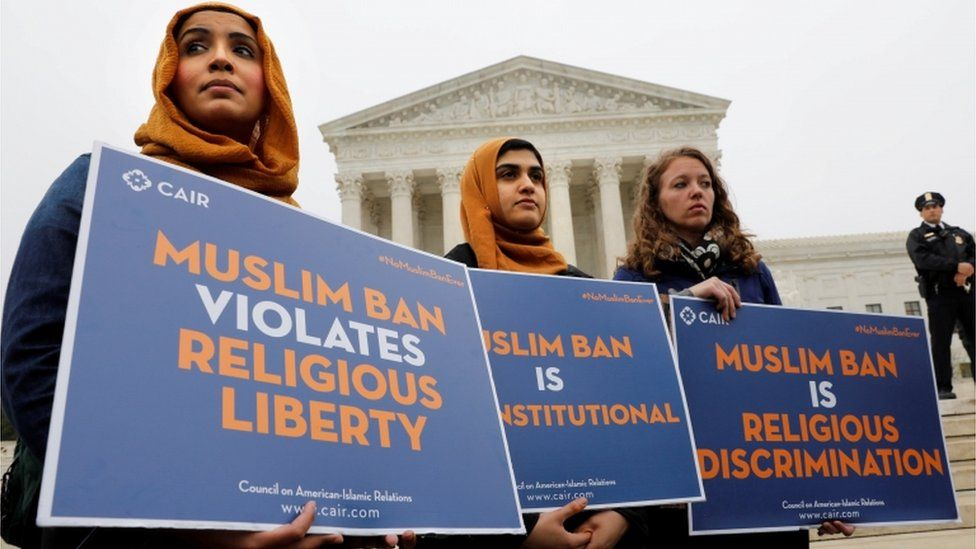Protesters at the US Supreme Court