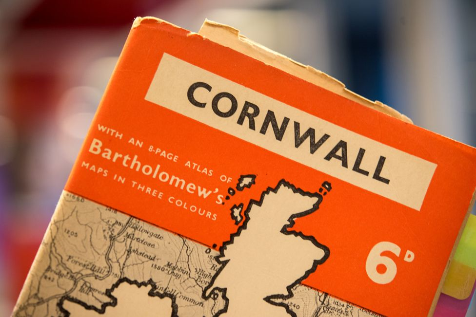 cover of 1939 Penguin guide to Cornwall