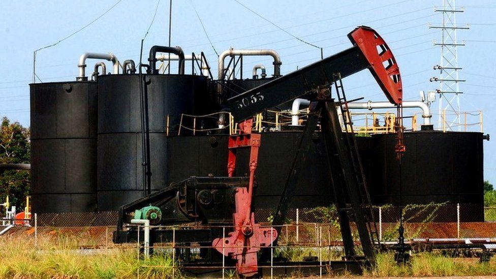 An oil pump in Lagunillas, 700 km (420 miles) west of Caracas