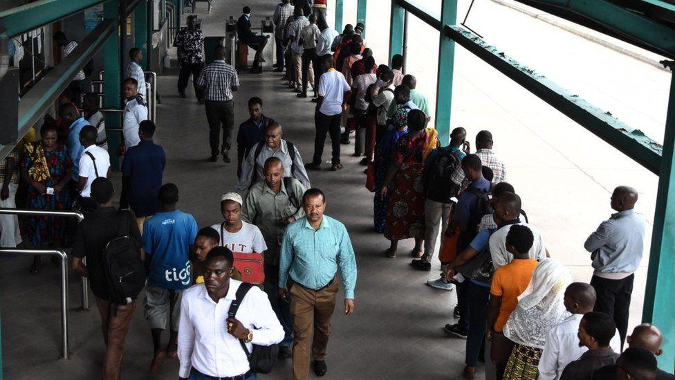 Queues at Tanzania's border