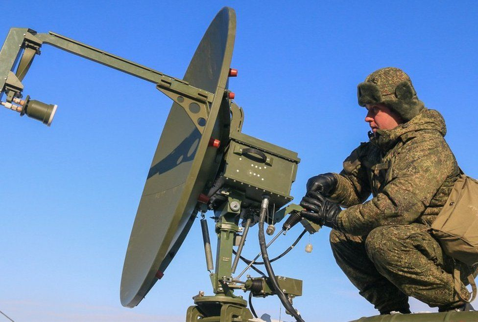 Russian soldier operating communications equipment (Russian Defence Ministry website)
