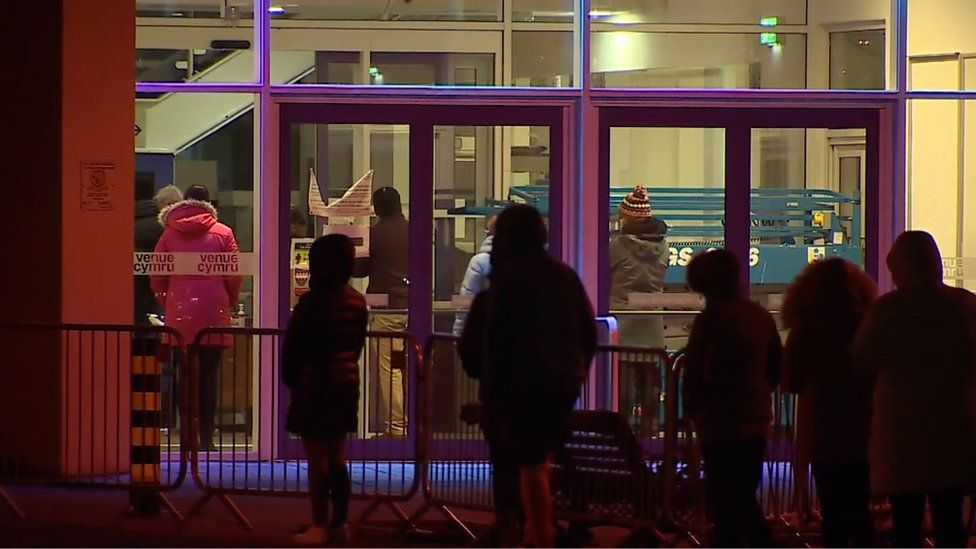 Queues outside the vaccination centre in Llandudno