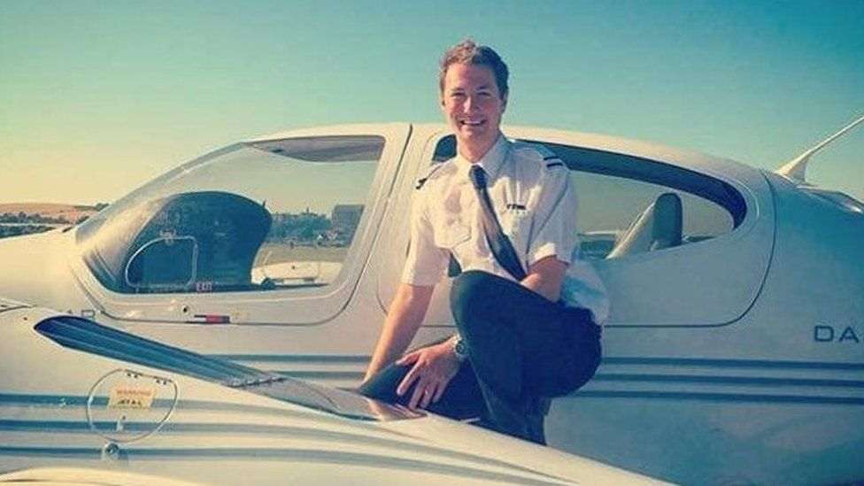 Dubai plane crash: Manx pilot was 'beautiful soul'