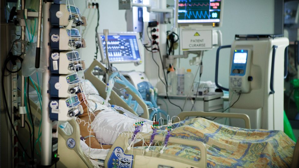 A patient getting ventilator support