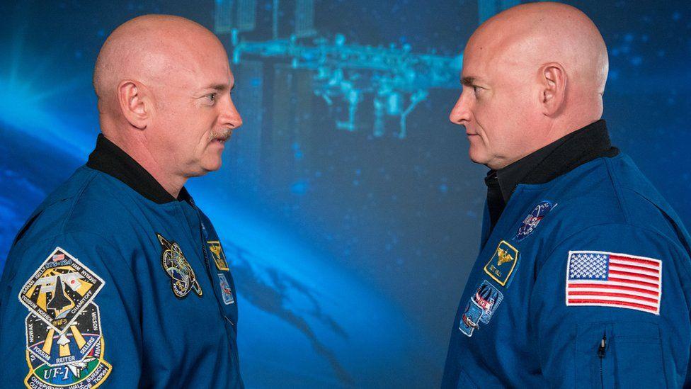 Como astronautas gêmeos ajudam a Nasa a prever riscos de viagens longas pelo espaço
