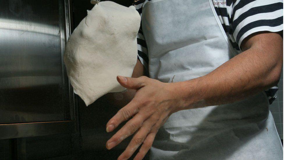 pizza dough throwing