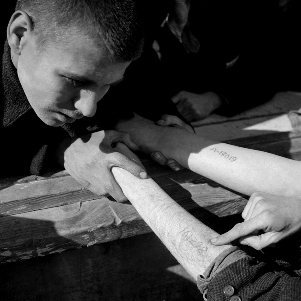 Татуировки узников Освенцима