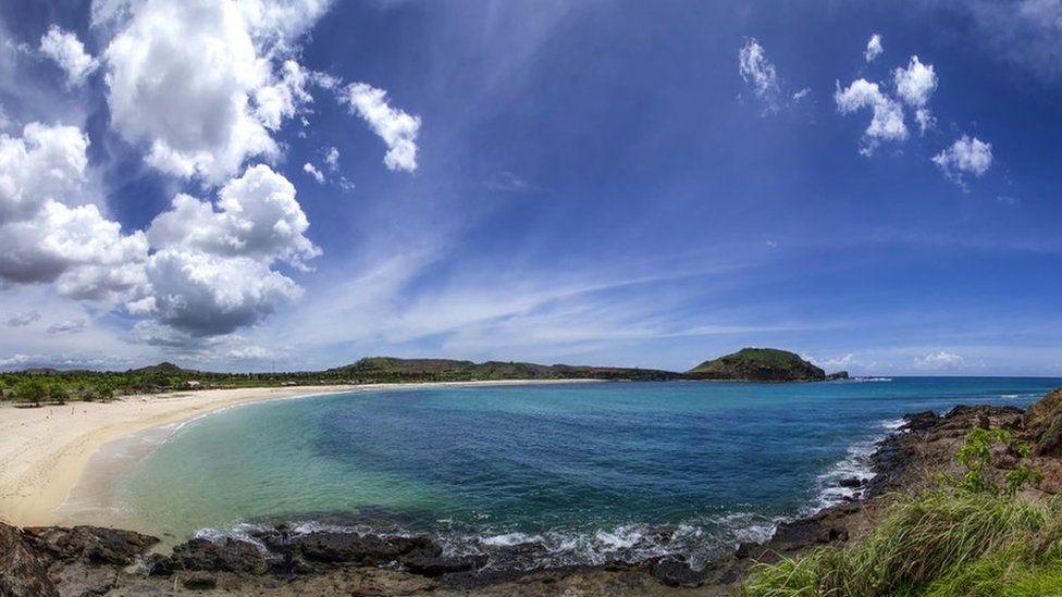 Pantai dan Mandalika