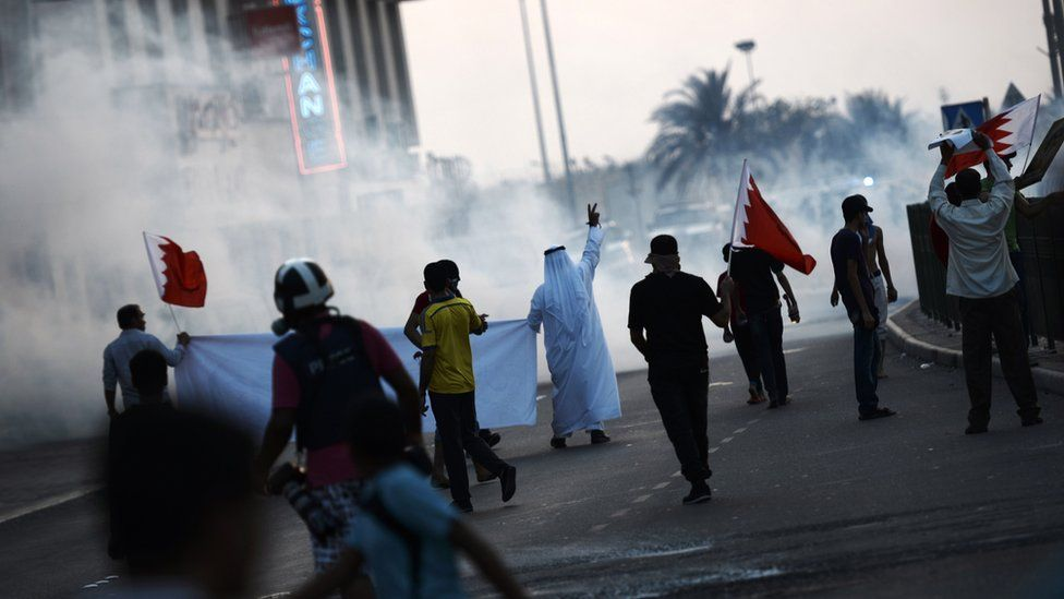 Bahrain protesters clash with riot police on 28 August 2015 in the village of Sitra, south of capital Manama.