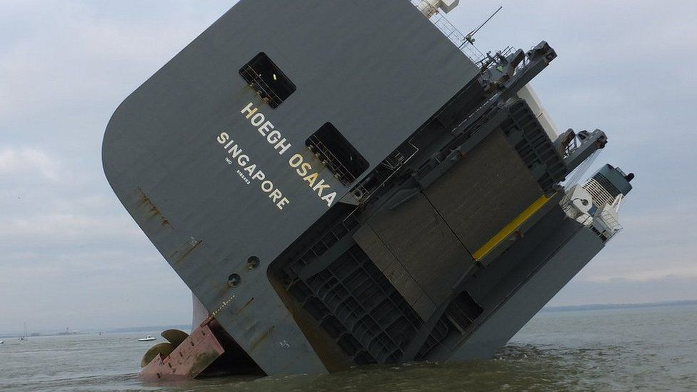 Hoegh Osaka in Solent