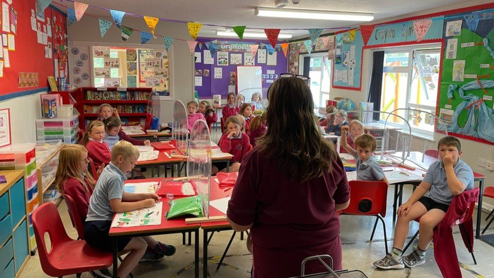 Eleri Samson with her year three and four class
