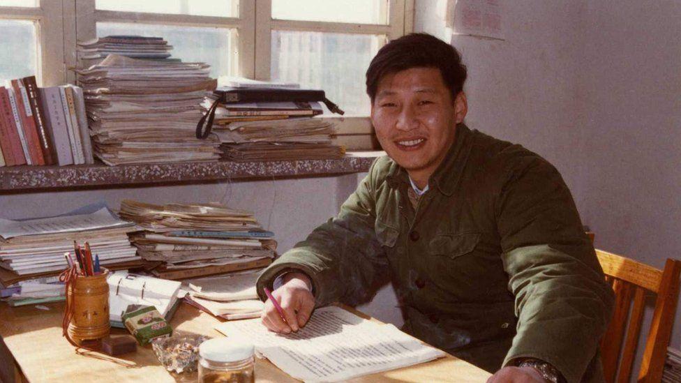 Xi Jinping, el hombre que vivió en una cueva y se convirtió en el líder de China, el segundo presidente más poderoso del mundo