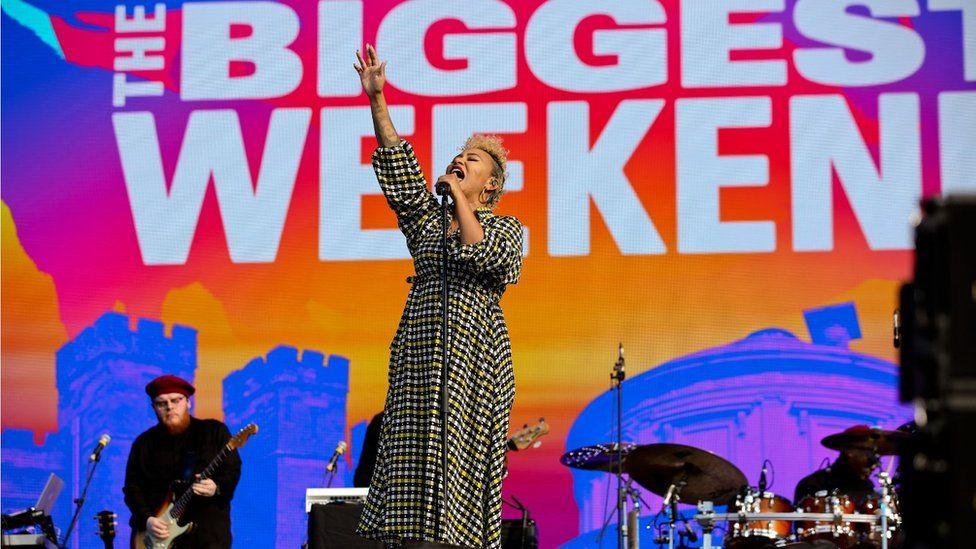 Emeli Sande performing at Biggest Weekend in Perth