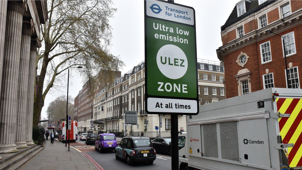 Ultra-low emission zone with traffic behind