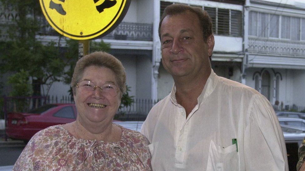 Colleen McCullough and Ric Robinson in 2000