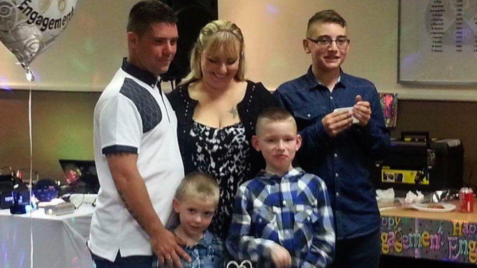 Roseanna Clarkin with family