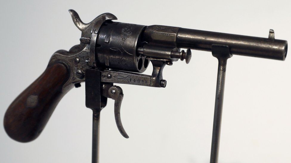 The revolver that Verlaine used to try to kill his lover was sold at auction in 2016